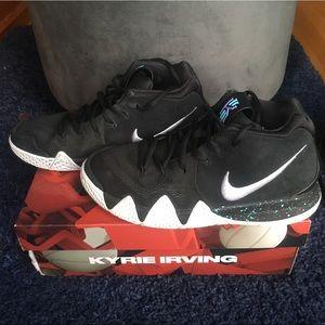 Nike Kyrie 4 Kids' Basketball Shoes